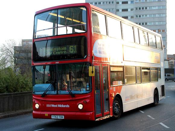 Zenfolio | Barcelona Bus Routes | Route 61: Birmingham